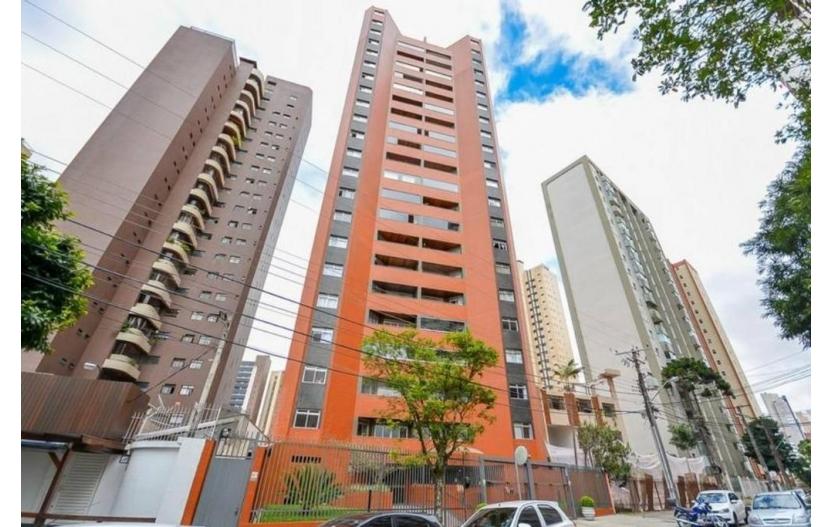 Apartamento 2 Suítes à venda Água Verde Curitiba