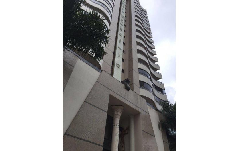 Apartamento 03 dormitorios (02 suites) - Edifício Akhenaton - Balneario Camboriu - Sc.