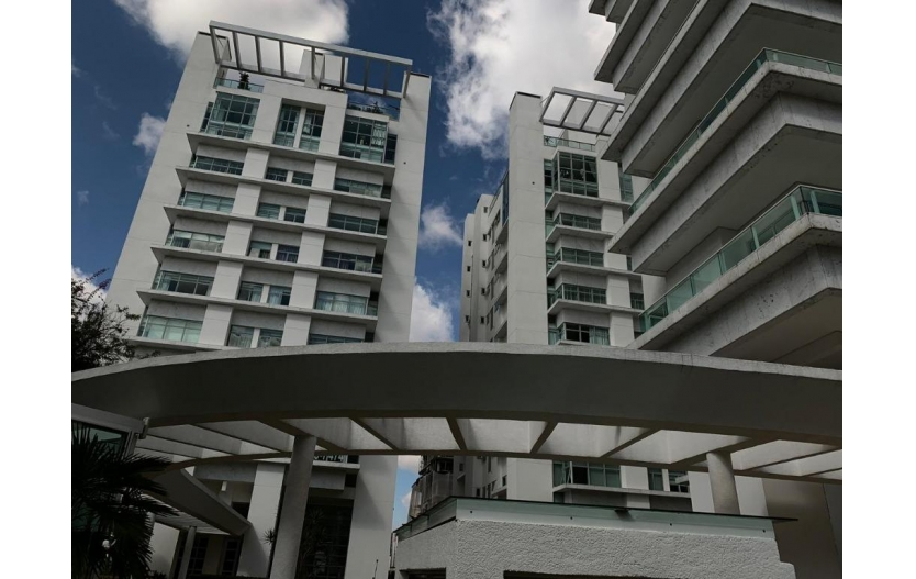 Apartamento 3 dormitórios (3 Suítes) Ed. Jardins do Soho à venda - Batel - Curitiba/PR
