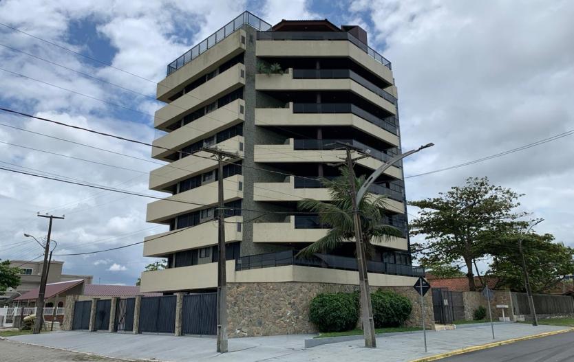 Apartamento a venda de frente para o mar Edifício Abaetê - Balneário de Shangrila