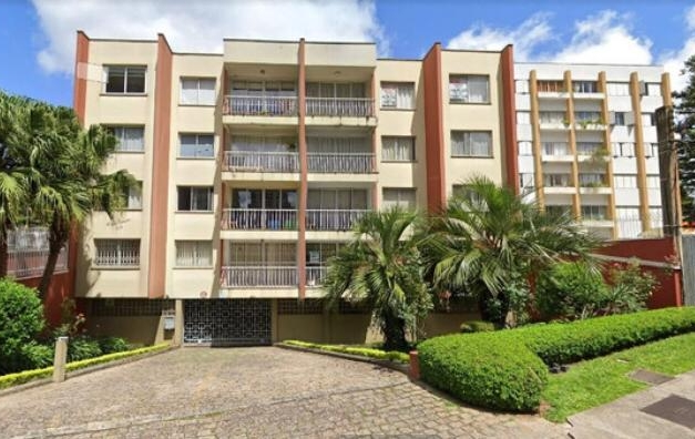 Apartamento no Edifício Paraguaçu à venda no Batel Divisa com Agua Verde,  3 Quartos, 1 Suíte, 2 vagas de garagem